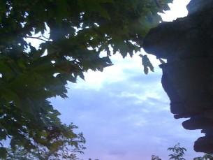 Naudiksin päikeseloojanguid ja loodust üldiselt, jalutaksin