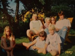 Ühe õue lapsed 20 aastat hiljem :-)