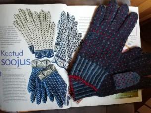 Kudusin sõrmikud Kristi Jõeste õpetuste järgi, mis ilmusid Käsitöö 2009. aasta sügisnumbris.